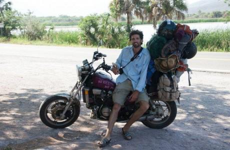 אדם קארסט- צלם במסע